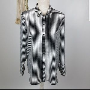 IMNYC Isaac Mizrahi size M white and black striped